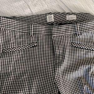 Gap Slim City Crop pants in gingham print